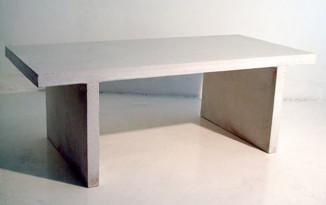 Betonipöytä (Samu Viitanen)